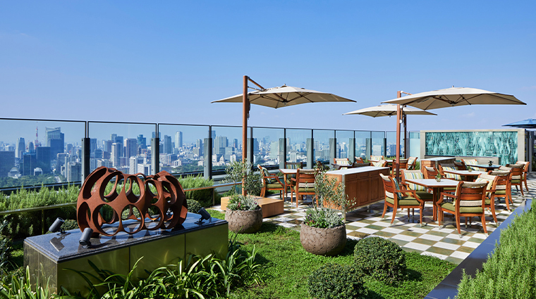 four seasons hotel tokyo at otemachi rooftop