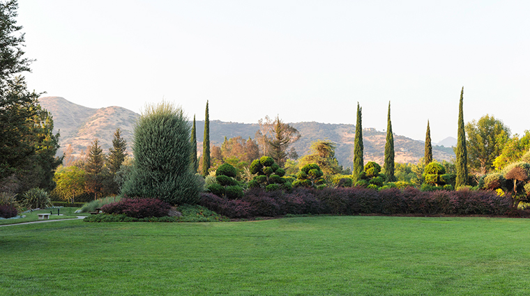 four seasons hotel westlake village property grounds