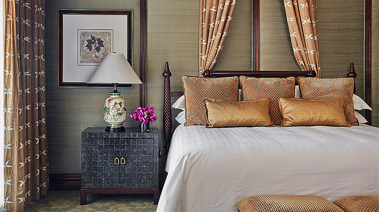 four seasons resort and club dallas at las colinas guestroom 2
