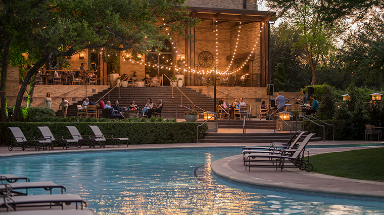 four seasons resort and club dallas at las colinas outlaw patio