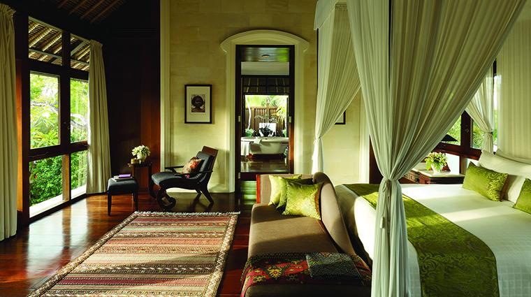 Property FourSeasonsResortBaliatJimbaranBay Hotel GuestroomSuite ResidenceVillaMainBedroom FourSeasonsHotelsLimited