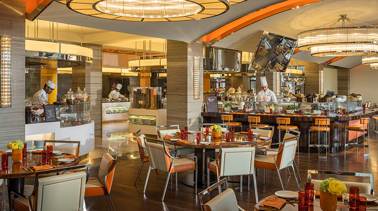 four seasons resort dubai at jumeirah beach Suq Restaurant