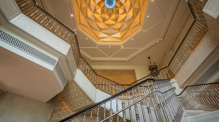 four seasons resort dubai at jumeirah beach staircase