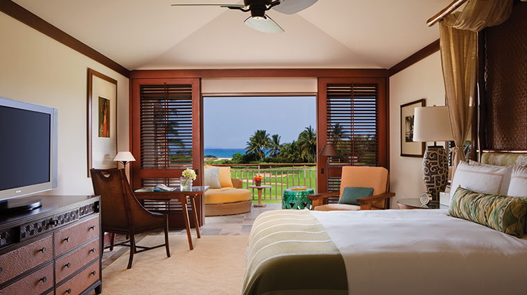 four seasons resort hualalai guestroom