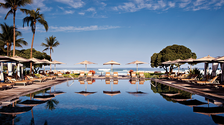 four seasons resort hualalai pool loungers