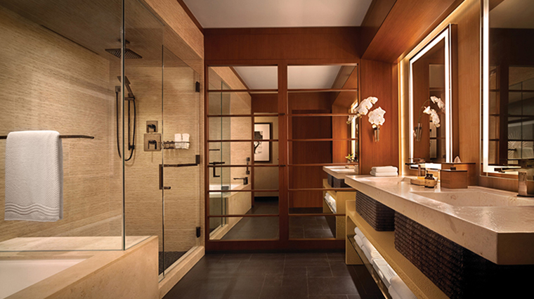 four seasons resort lanai guestroom bathroom