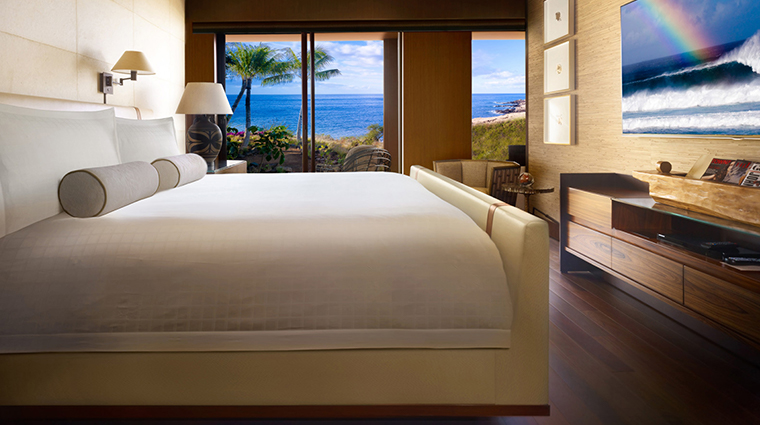four seasons resort lanai guestroom suite