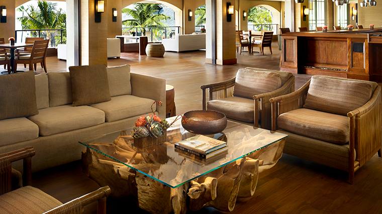 four seasons resort lanai sports bar and grill