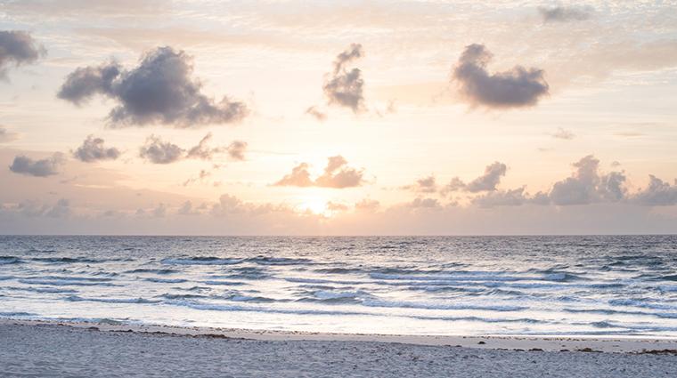 four seasons resort palm beach beach sunset
