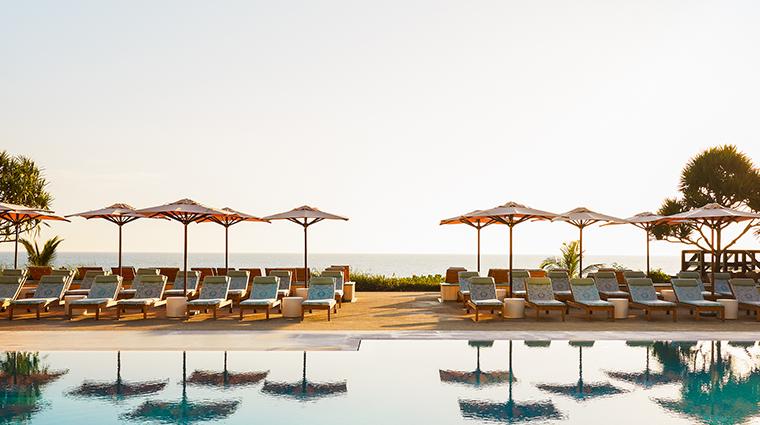 four seasons resort palm beach pool deck