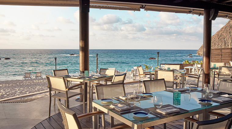 four seasons resort punta mita mexico outdoor dining view2