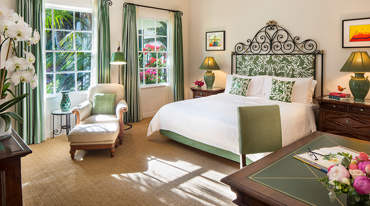 four seasons resort the biltmore santa barbara guestroom2