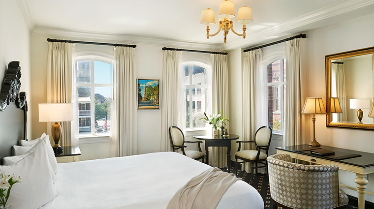 french quarter inn luxury king balcony suite
