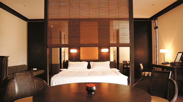 fuchun resort hangzhou garden view suite