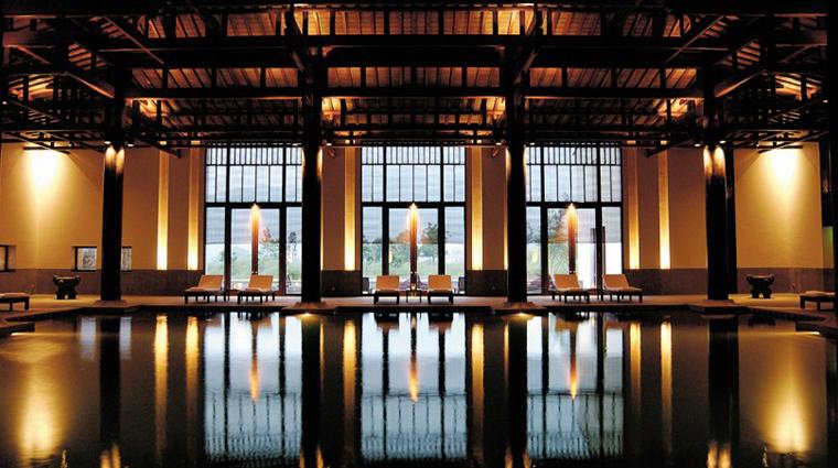fuchun resort hangzhou pool
