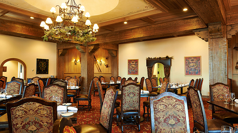 game creek restaurant dining area