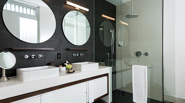 gansevoort turks caicos villa bathroom