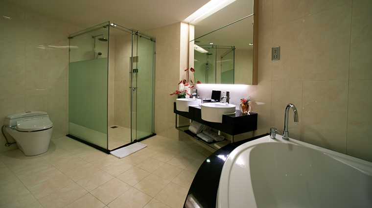 genting grand at resorts world genting bathroom