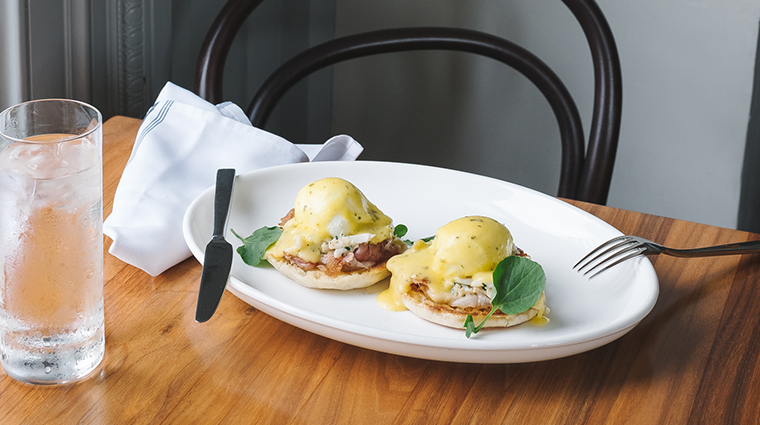 goodalls kitchen bar eggs benedict