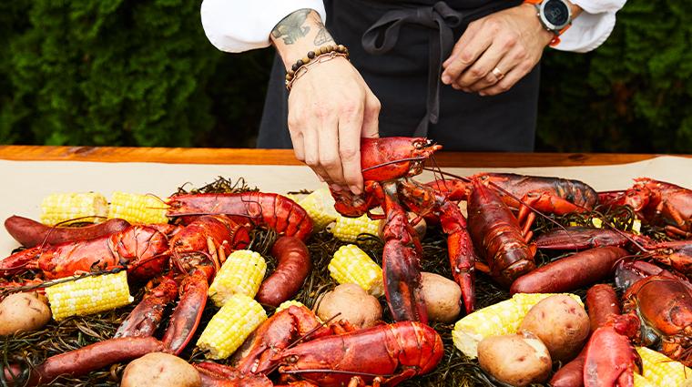 grace white barn inn spa lobster boil