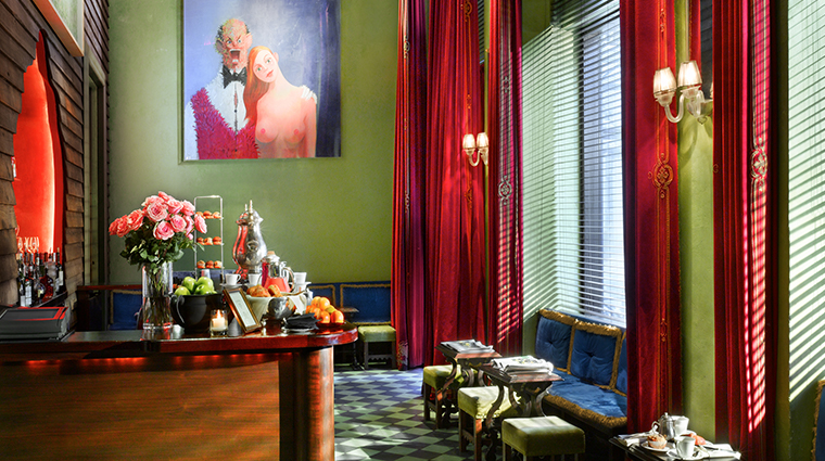 gramercy park hotel cafe