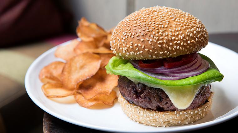 gramercy tavern burger
