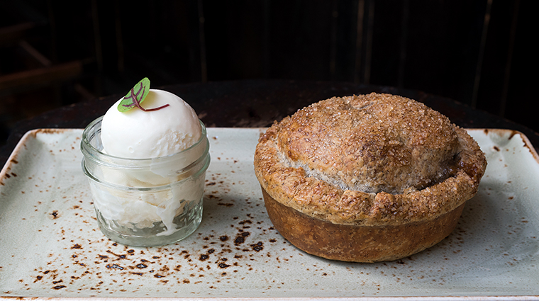 gramercy tavern deep dish buckwheat apple pie
