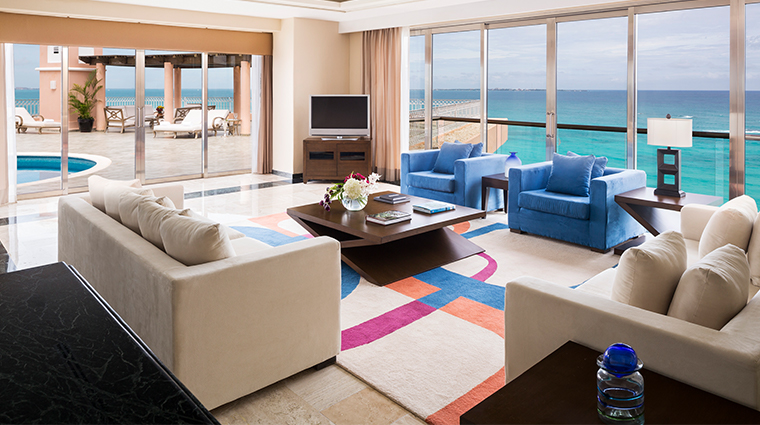 grand fiesta americana coral beach cancun presidential suite living room