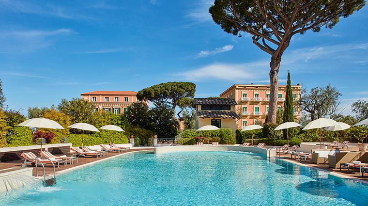 grand hotel excelsior vittoria pool