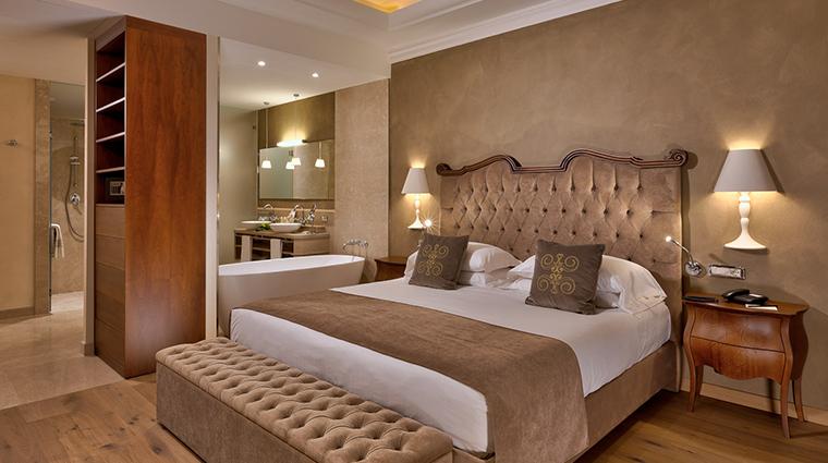 hotel grand fasano guestroom