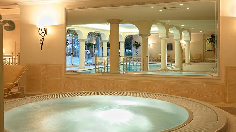 hotel grand fasano whirlpool