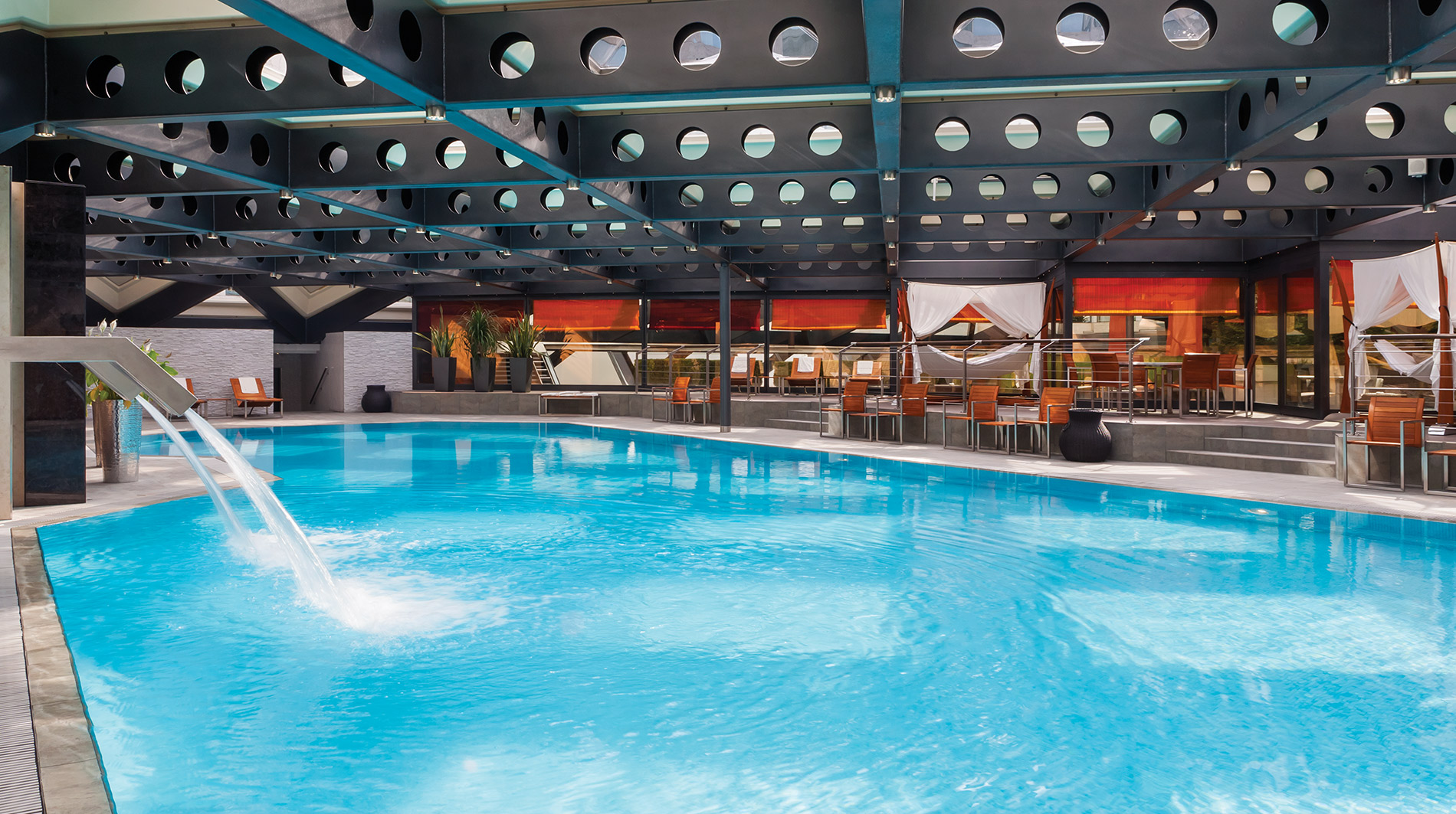 Kempinski Geneva Pool