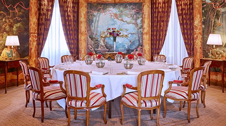 grand hotel wien Le Ciel dining