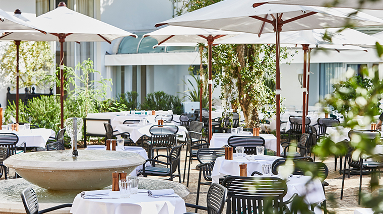 hotel martinez le jardin outdoor seating