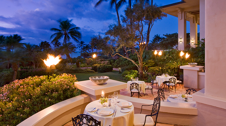 grand hyatt kauai resort and spa donderos al fresco dining