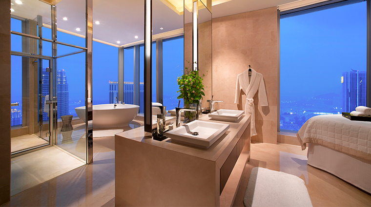 grand hyatt macau bathroom