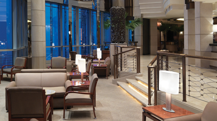grand hyatt shanghai lobby seating area