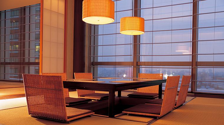 Grand Hyatt Tokyo table