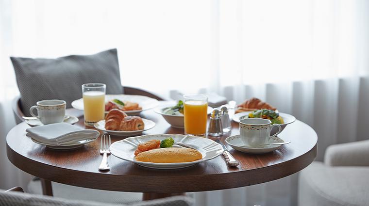 grand nikko tokyo daiba in room dining breakfast