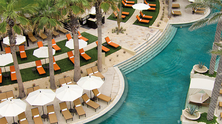 grand solmar lands end resort and spa pool bar