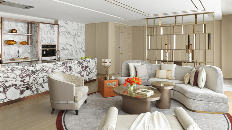grand suites at four seasons hotel macao cotai strip living and kitchen
