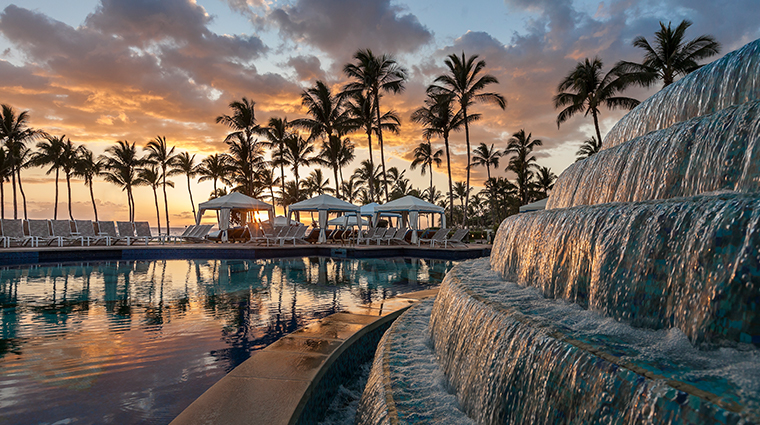 grand wailea a waldorf astoria resort hibiscus pool