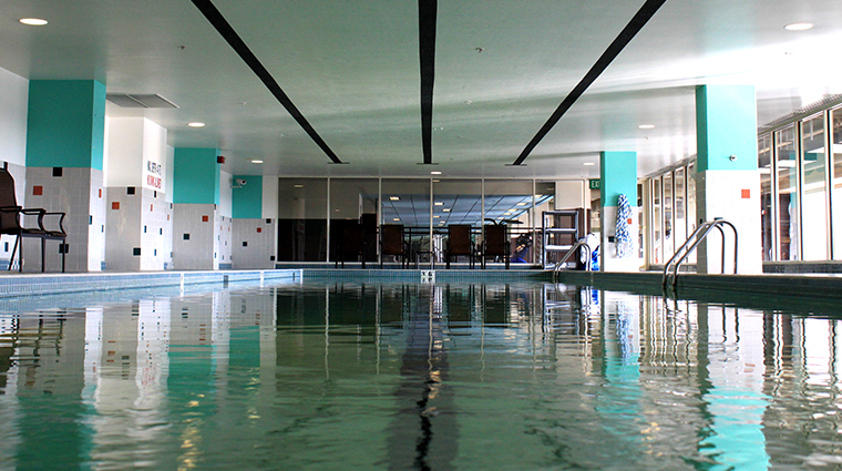 grove fitness club spa pool
