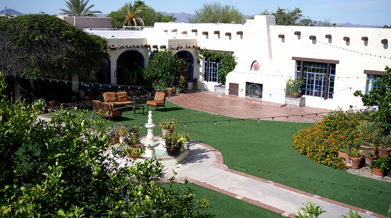 hacienda del sol guest ranch resort courtyard