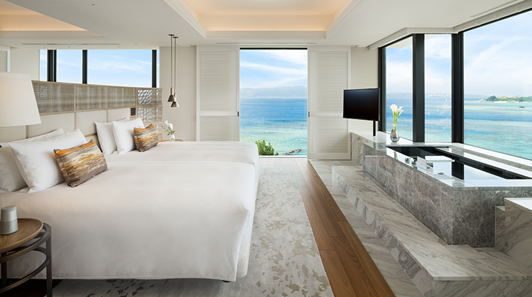 halekulani okinawa Orchid Suite Bedroom