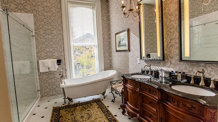 hamilton turner inn Noble Jones Suite Bathroom