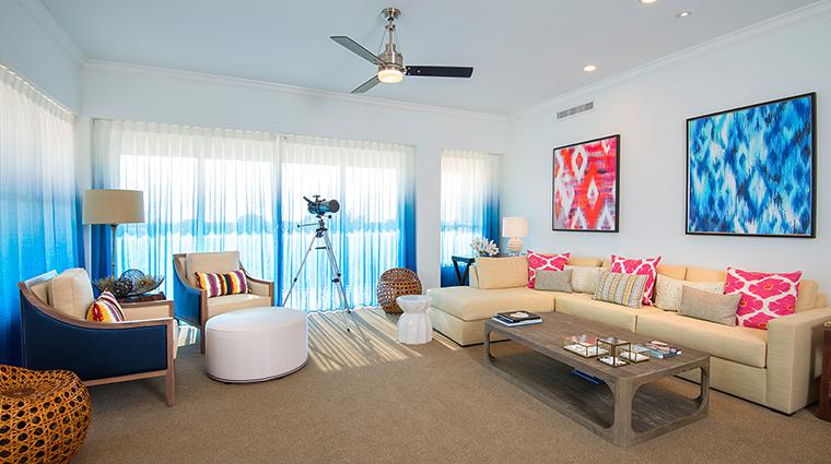 hawks cay living room2