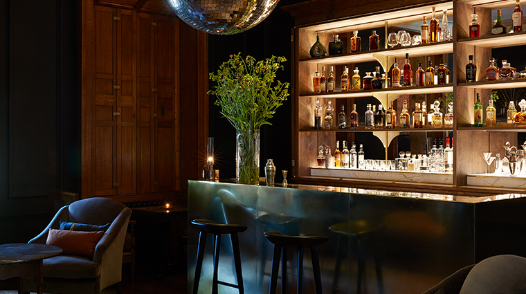 heckfield place moon bar