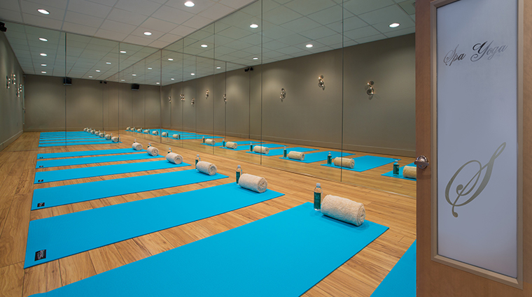 hilton sandestin beach golf resort spa yoga room