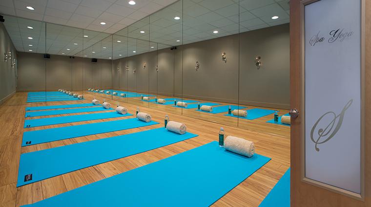 hilton sandestin beach golf resort spa yoga room